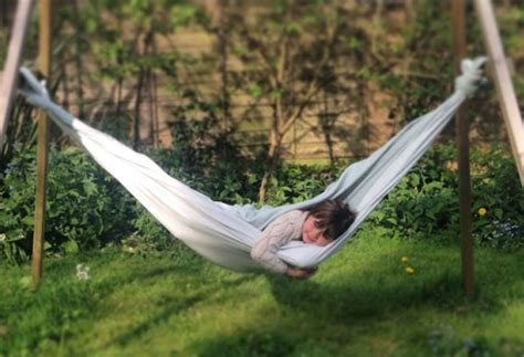 Bed Sheet Hammock by Seven Uses For Your Bed Sheets Secret Linen Store