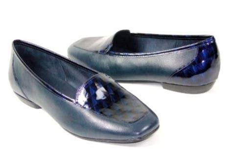 antonio melani flats shoes antonio melani womens flats shoes navy loafers 7 ebay