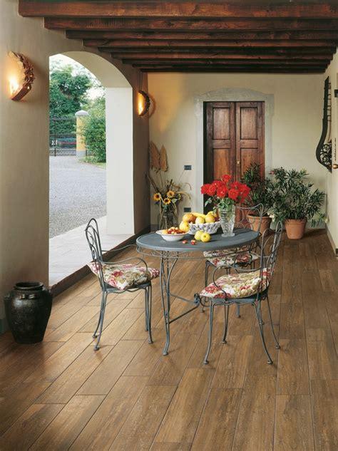 baldosas azulejos  losas  imitan madera muy originales