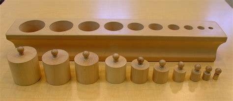 إبداع التدريس 4 الأسطوانات ذات المقابض knobbed cylinders