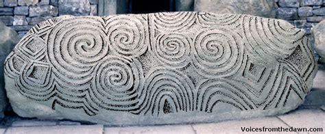 the celtic curse newgrange books newgrange kerbstone k1 the entrance
