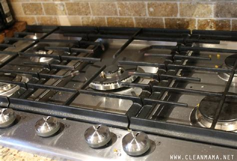 How To Clean Gas Cooktop how to clean a gas cooktop clean