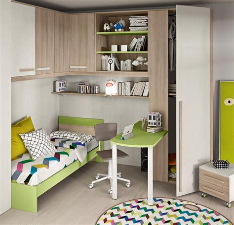 scrivania con libreria per cameretta cameretta angolare con un letto colorata camerette a