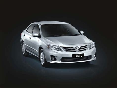 Toyota Altis 2012 Price Toyota Corolla Altis Aero Petrol India Price Pictures