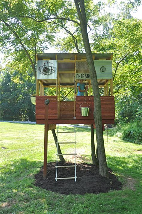 simple backyard tree houses the treehouse is finished part 3 kid baltimore