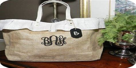 Giveaway Bags With Logo - bags as perfect promotional giveaways here s why embroidery digitizers