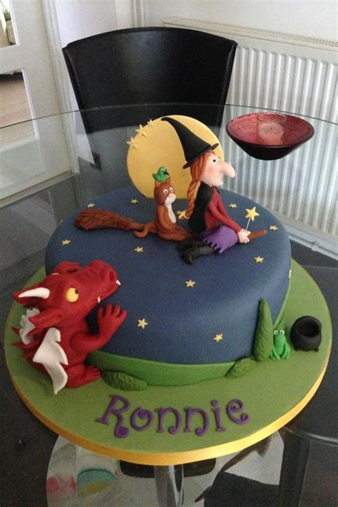 the cake room room on the broom cake cake cake and more lovely cakes