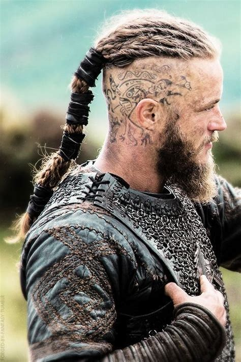 ragnar vikings braid ragnar lothbrok s hairstyle from vikings