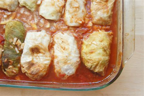 jewish comfort food video how to make stuffed cabbage the nosher my