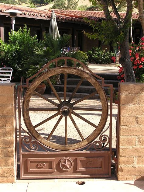 build  fence gate  wheels woodworking