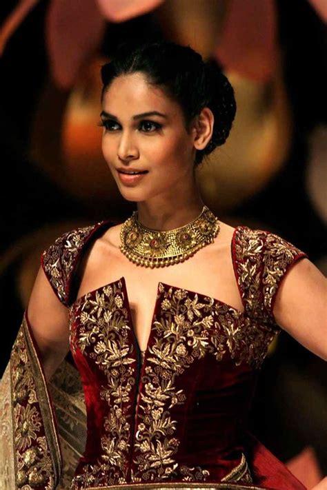 Blouse Kamila pin by kamila leonczyk on indian fashion glam de india indian wear lehengas saree
