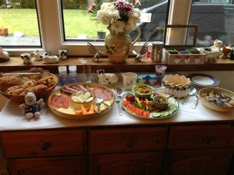east hton bed and breakfast breakfast buffet picture of conusg bed and breakfast