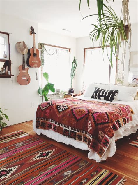 bohemian bedrooms how to decorate your room in bohemian style gravity home