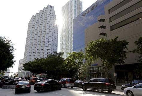 Traffic Search Miami Miami Traffic Gridlock In Miami Spurs Search For Transit Solutions