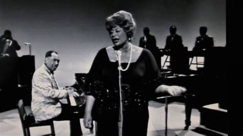 ella fitzgerald swing ella fitzgerald duke ellington it don t a thing