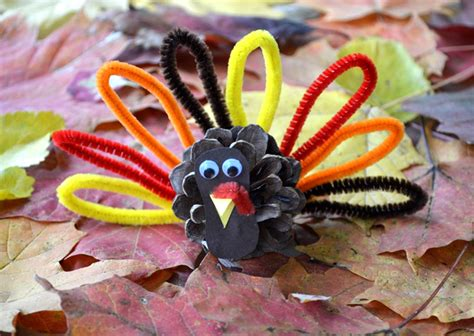 pinecone turkey craft pinecone turkeys munchkins and