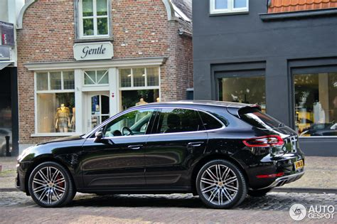 porsche macan all black the official black macan thread page 10 porsche macan