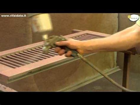 come sverniciare le persiane come restaurare infissi in legno doovi