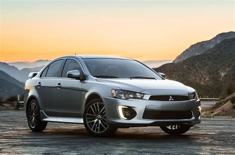 mitsubishi lancer 2016 2016 mitsubishi lancer receives minor refresh