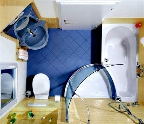 Small Bathroom Shower 35