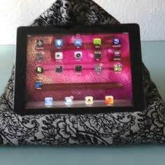 best ipad pillow for reading in bed ipad stand for bed on pinterest beds pillows and tutorials