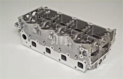 cylinder head nissan  trail   parts