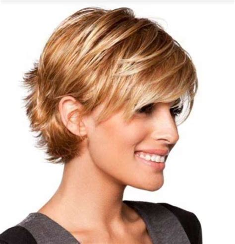 Medium Stacked Haircuts Behind Ears | layered hairstyles with bangs and tuck the ears layered