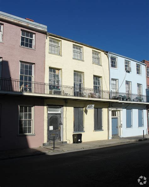 Apartments In New Orleans That Go By Your Income 829 Burgundy St New Orleans La 70116 Rentals New