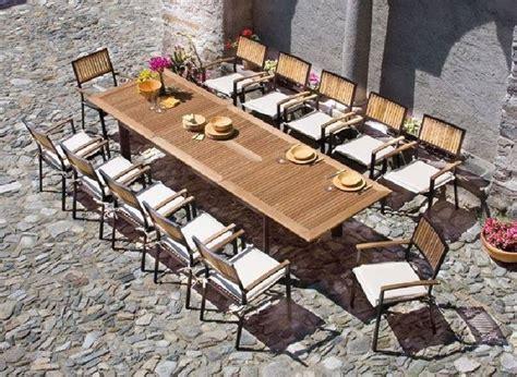 tavoli da giardino in legno prezzi i tavoli da giardino in legno arredo giardino