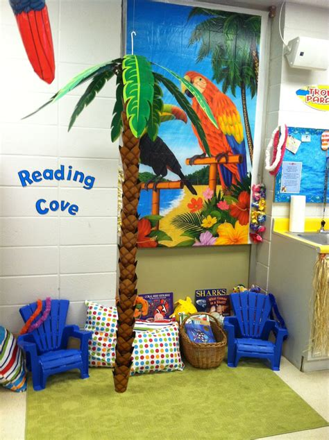 reading themes for preschoolers teaching kindergarten kiddos almost ready for the first day