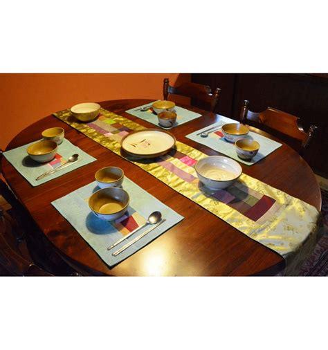 chemin de table vert tissu ramie asiatique