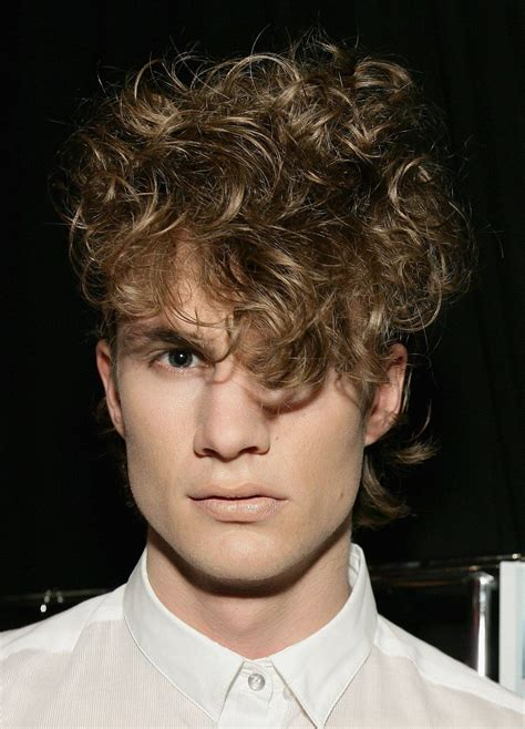 male hairstyles in the 80s 80s haircut men fade haircut
