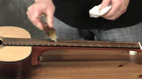 Gitarren Griffbrett Polieren gitarre das griffbrett pflegen youtube
