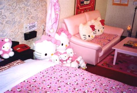 themed hotels in tokyo hello kitty hotel in tokyo themed love picture to pin on