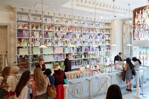 Department Of Interior Gift Shop by Laduree Shop Interior In Harrods Department Store In