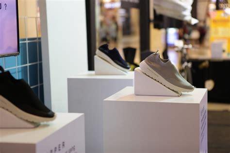 evolusi sepatu wakai lewat gyou marketeers majalah bisnis marketing marketeers