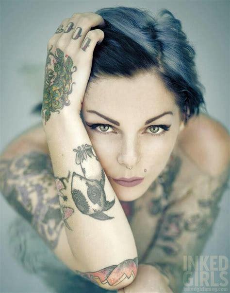 tattoo girl magazine 148 best riae images on pinterest tattoo art tattooed