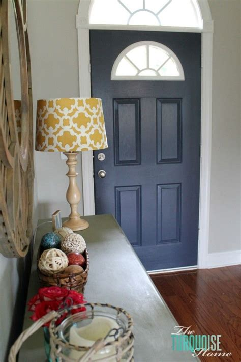 Paint Inside Closet by Best 25 Navy Front Doors Ideas On Exterior House Colors Exterior Paint Colours And