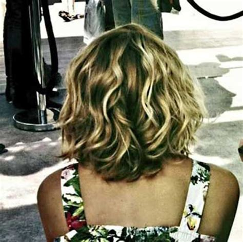 back view wavy short bob for thick hair 2015 15 best bob hairstyles for wavy hair bob hairstyles 2017