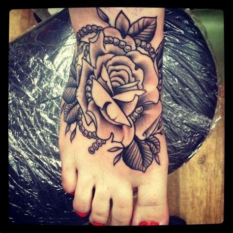 rose tattoo with cheetah print leopard print search b e a utiful