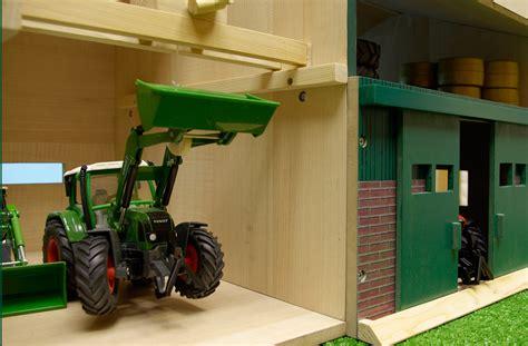 scheune werkstatt landmachinen scheune mit werkstatt 1 32 kidsglobe