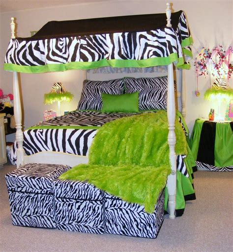 zebra bedrooms how to incorporate zebra print into your bedroom s d 233 cor