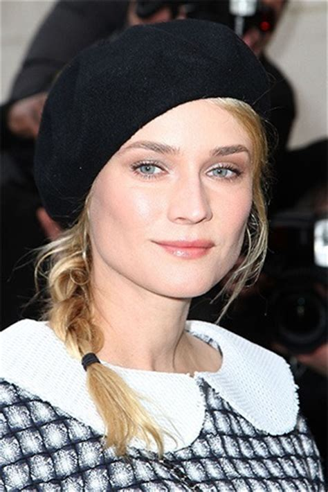 how to wear a beret with bangs how to wear a beret