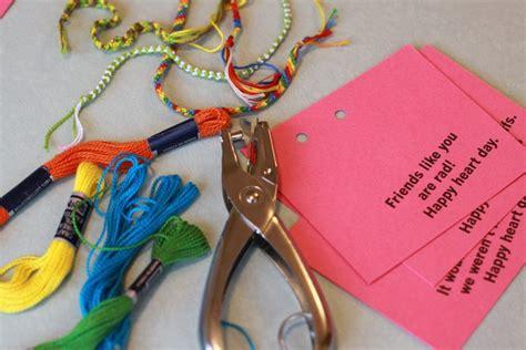 Friendship Bracelet Valentines Tutorial (with Free Printable!)