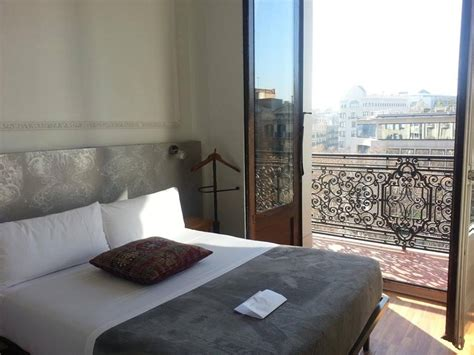 casa gracia barcelona hostel review casa gracia barcelona runaway