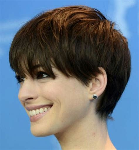 pixie hair for strong faces best 25 pixie cut round face ideas on pinterest