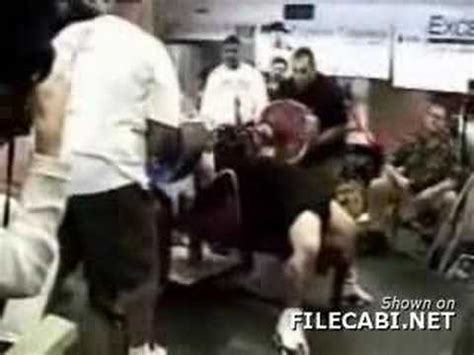 bench press accident proper bench press grip for safety avoid accidents or