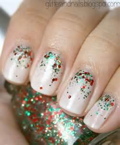 Christmas nail art ideas running with mascara
