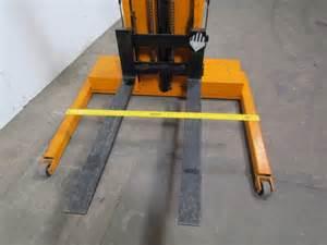 Lift Rite L68 12 Volt Electric Pallet Stacker