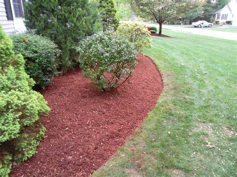 mulch bed edger mulch and edging job salem nh labrie property maintenance and landscaping
